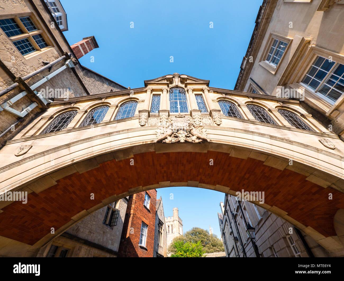 Die Seufzerbrücke, Oxford Sehenswürdigkeiten, Hertford College, Oxford, Oxfordshire, England, UK, GB. Stockbild