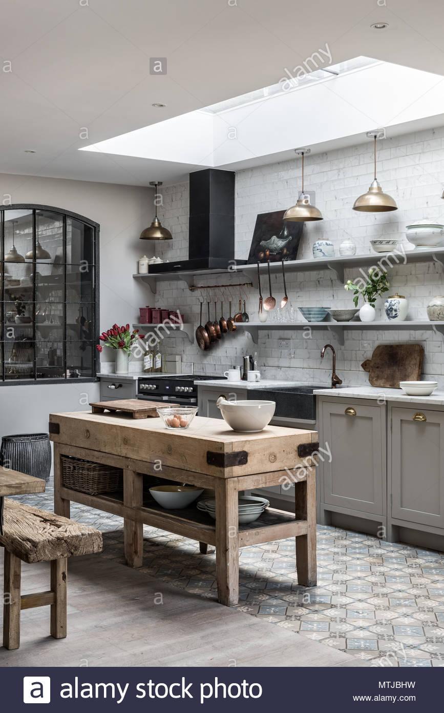 Großartig Schul Anhänger Beleuchtung Küche Fotos - Ideen Für Die ...