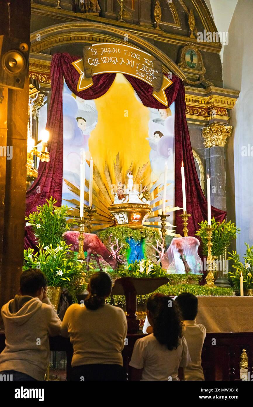 Ostern In Der Kirche