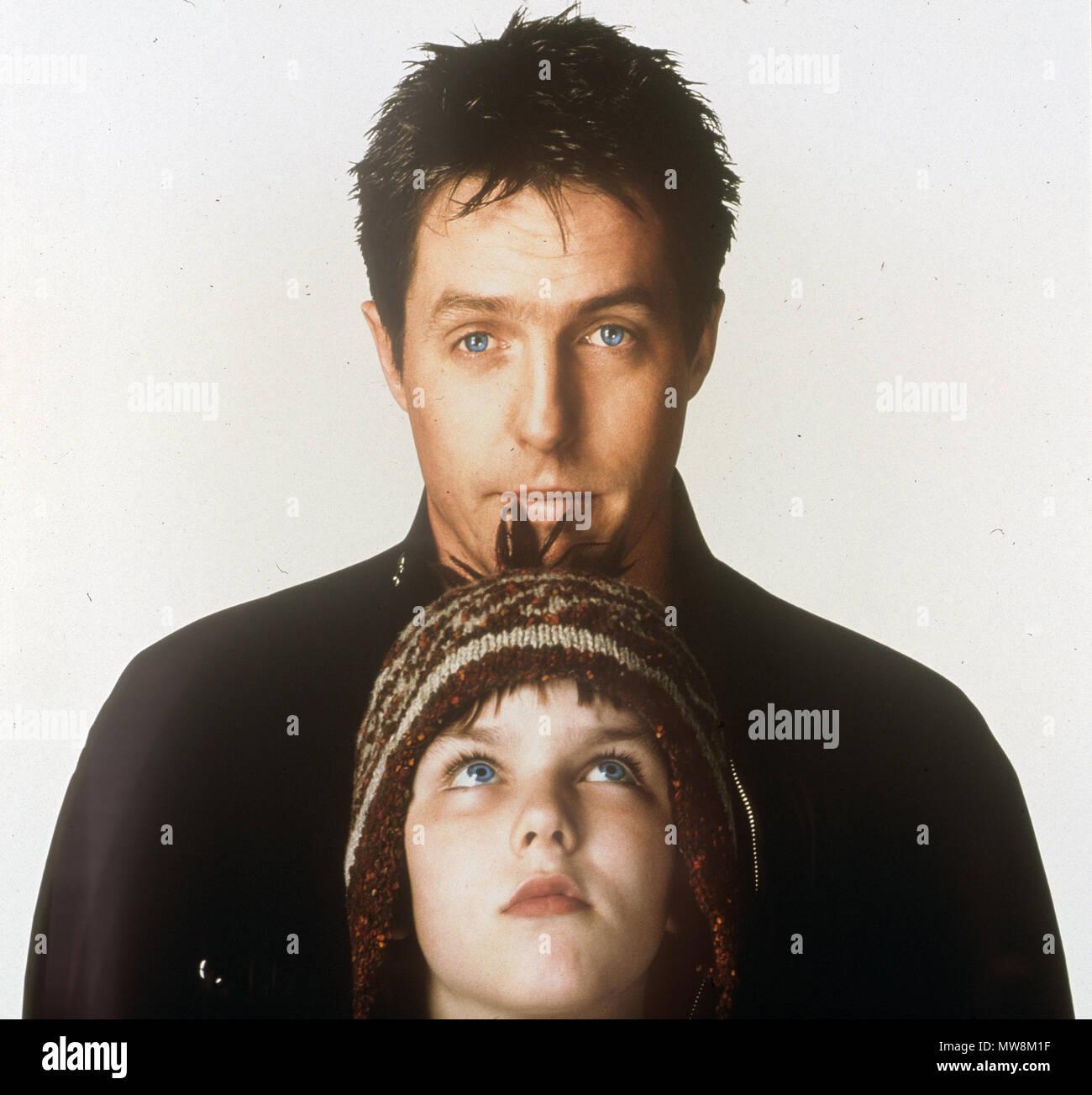 Über einen Jungen 2002 Universal Pictures Film mit Hugh Grant (oben) und Nicholas Hoult Stockfoto
