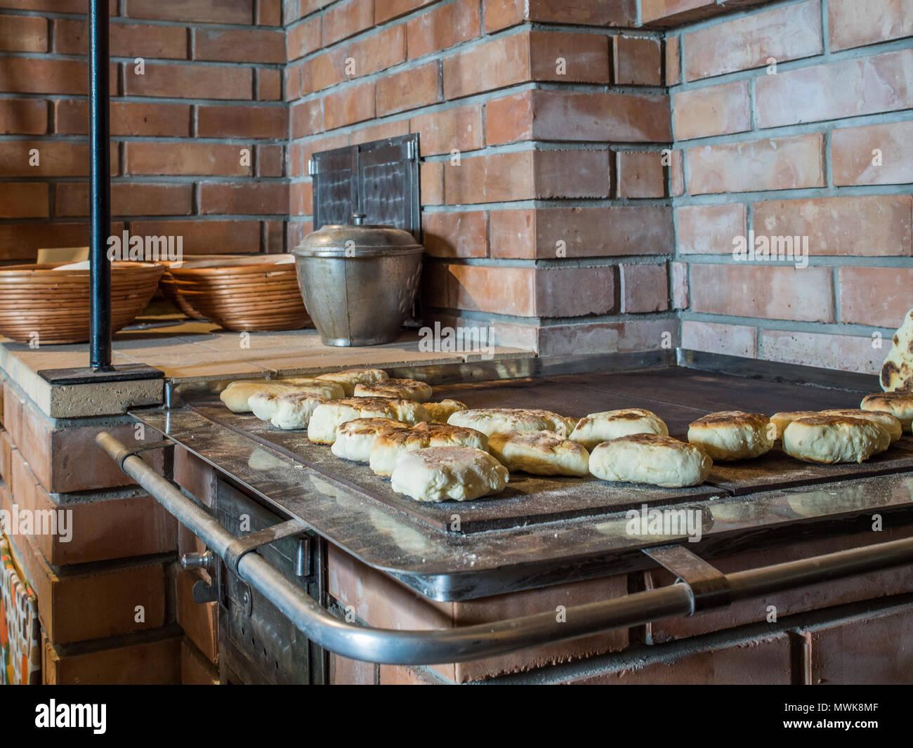 Küche Polen | Pfannkuchen Auf Ein Backblech Pepared Auf Der Kohle Kuche Der