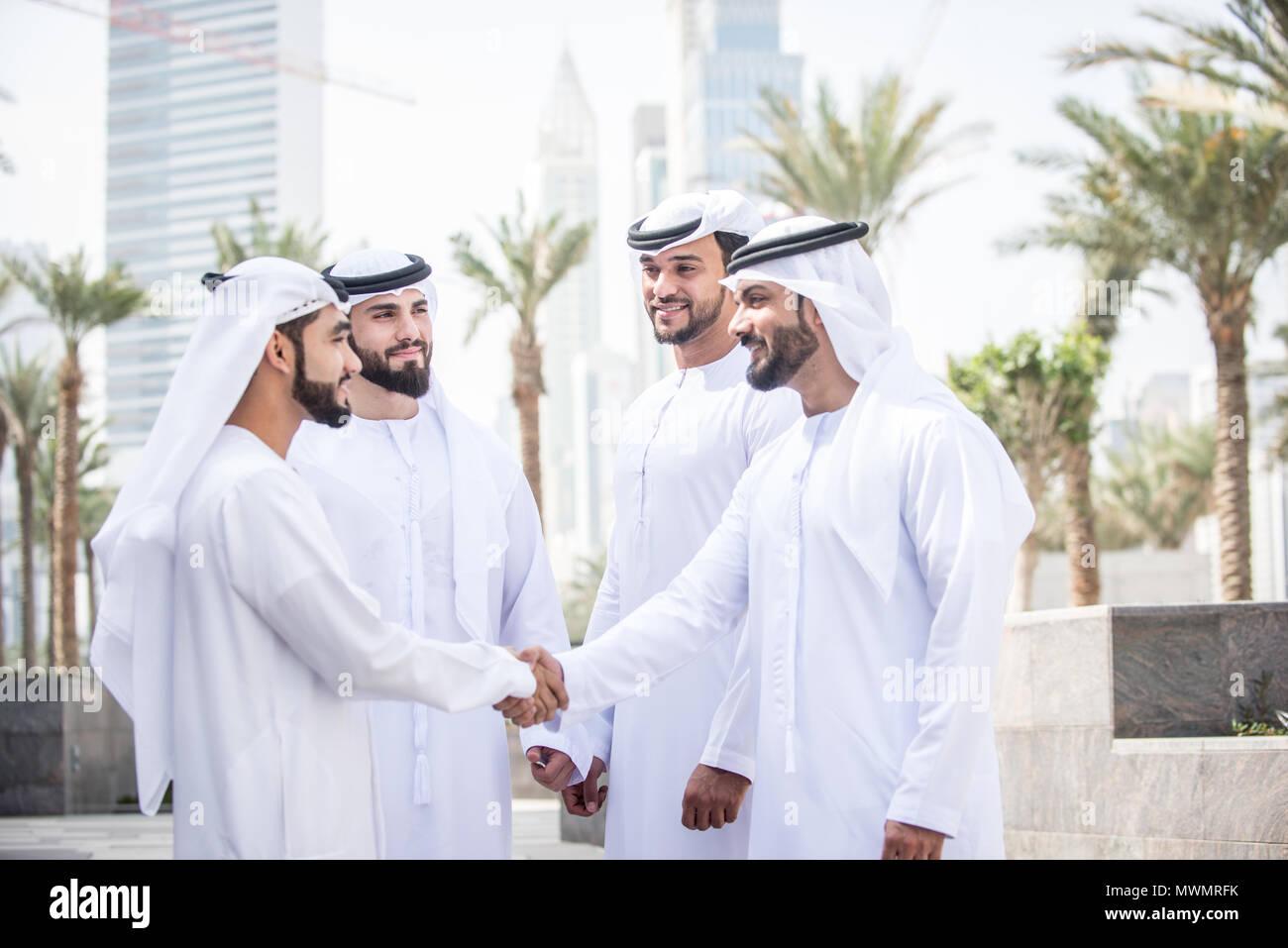 Arabische männer treffen [PUNIQRANDLINE-(au-dating-names.txt) 30