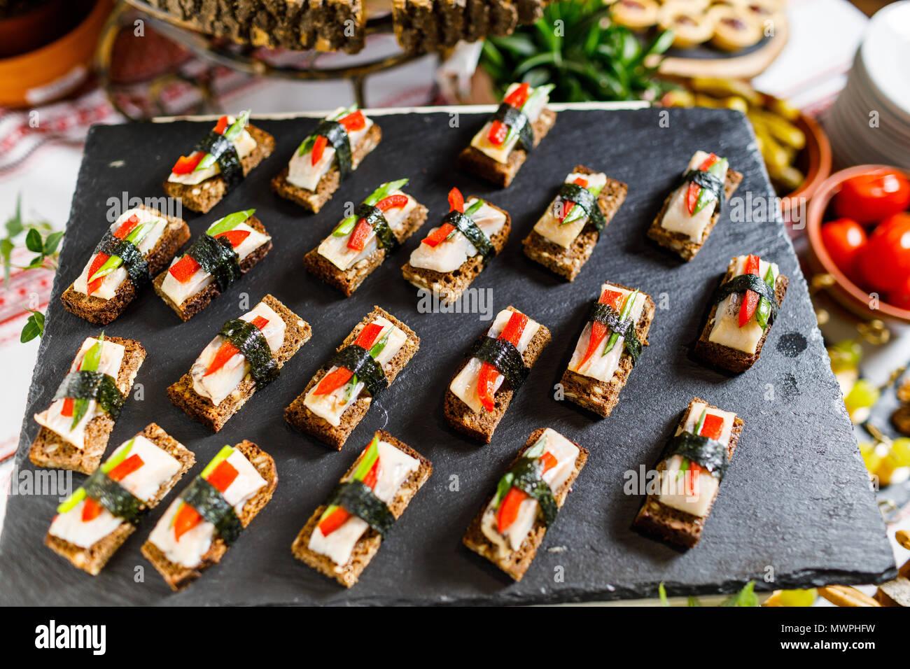 Wunderschon Eingerichtete Catering Bankett Tisch Mit Verschiedenen