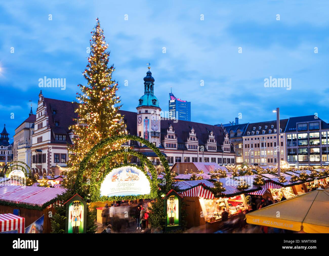 Leipziger Weihnachtsmarkt.Leipziger Weihnachtsmarkt Altes Rathaus Altes Rathaus