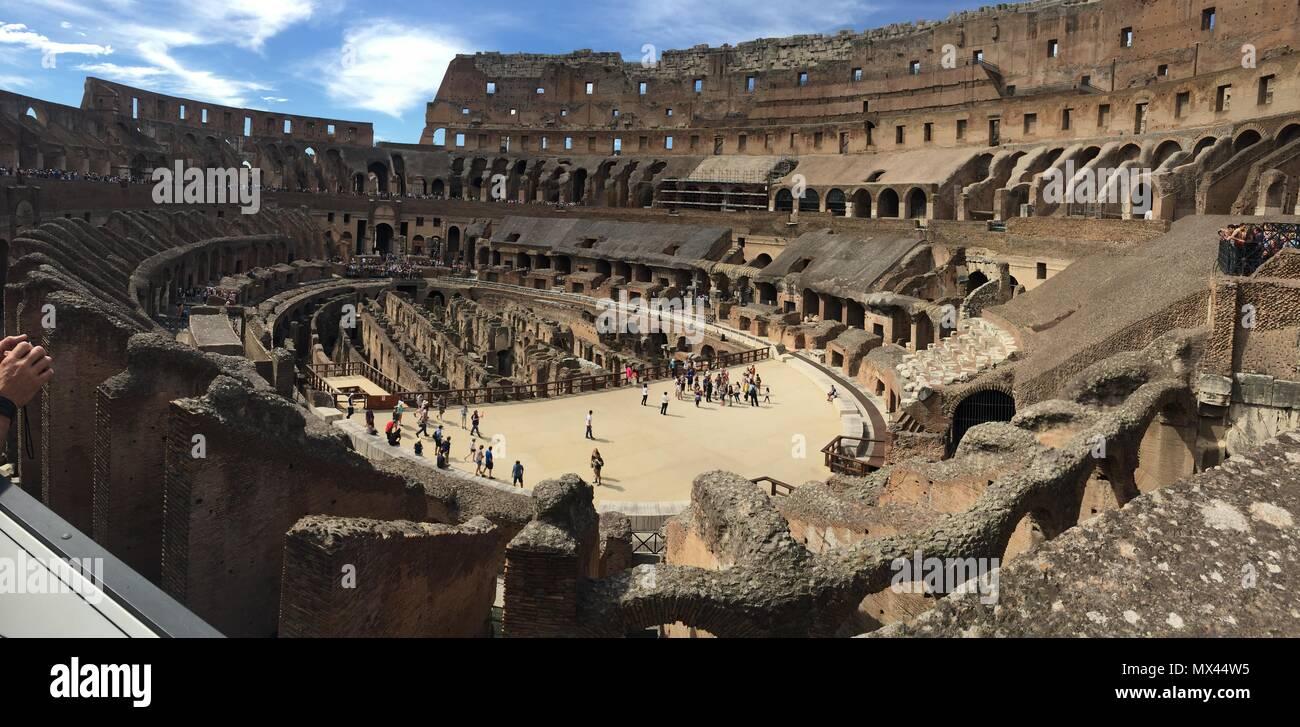 Coliseo Romano Stockfoto Bild 188176385 Alamy