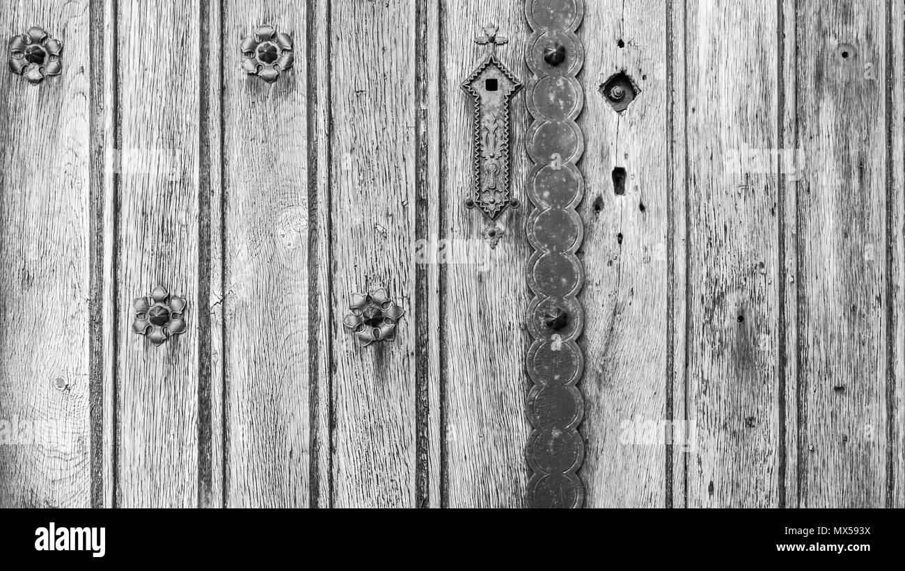 White And Black Wooden Door Stockfotos & White And Black Wooden Door ...