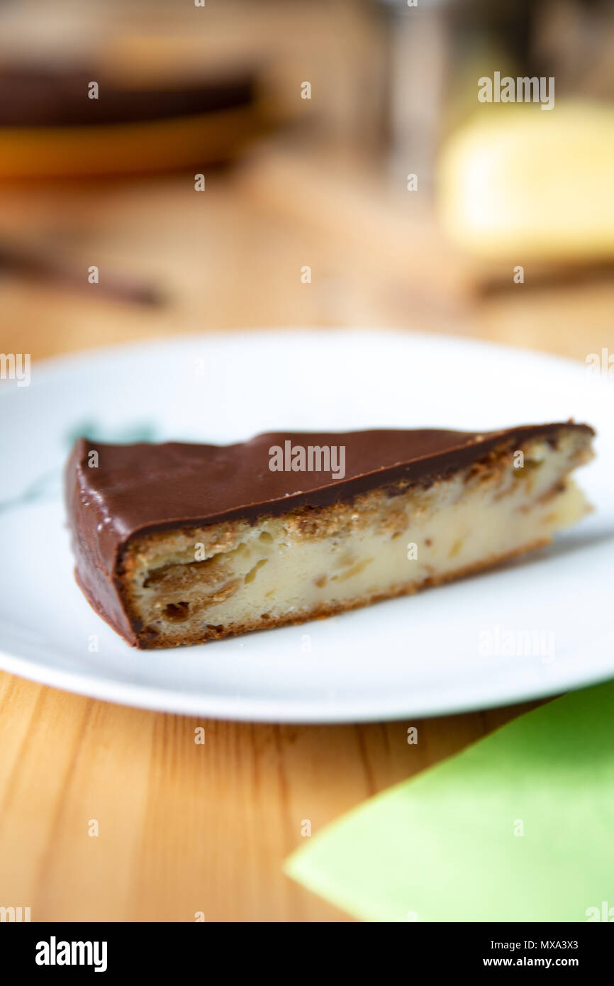 Käsekuchen mit Ines Rosales, Olivenöl und Schokolade topping Stockbild