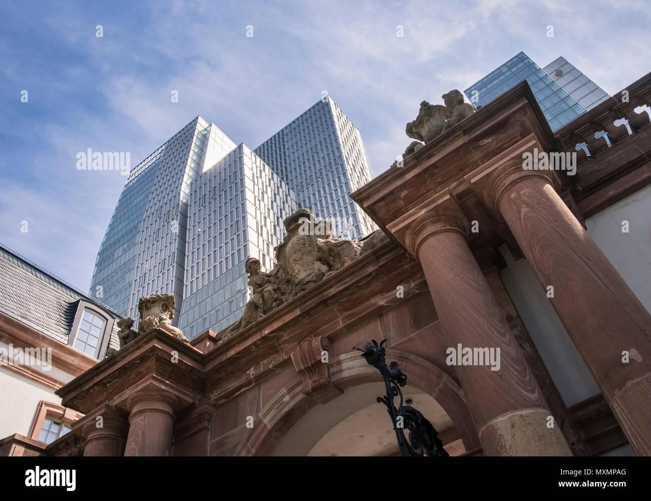 Die Barocken Stil Und Beliebten Hauptwache Cafe Gebäude Wache