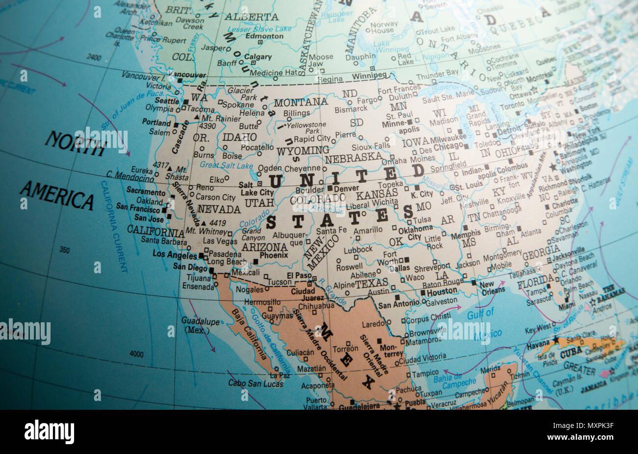 Nordamerika Karte Auf Einem Globus Auf Die Vereinigten Staaten Von Amerika Usa Fokussiert Stockfotografie Alamy