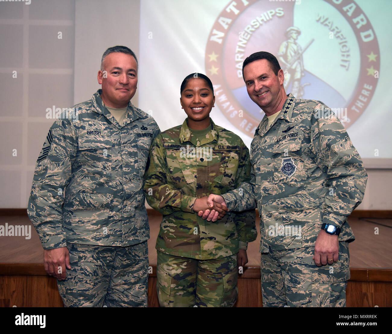 Left U S Air Force Senior Stockfotos & Left U S Air Force Senior ...