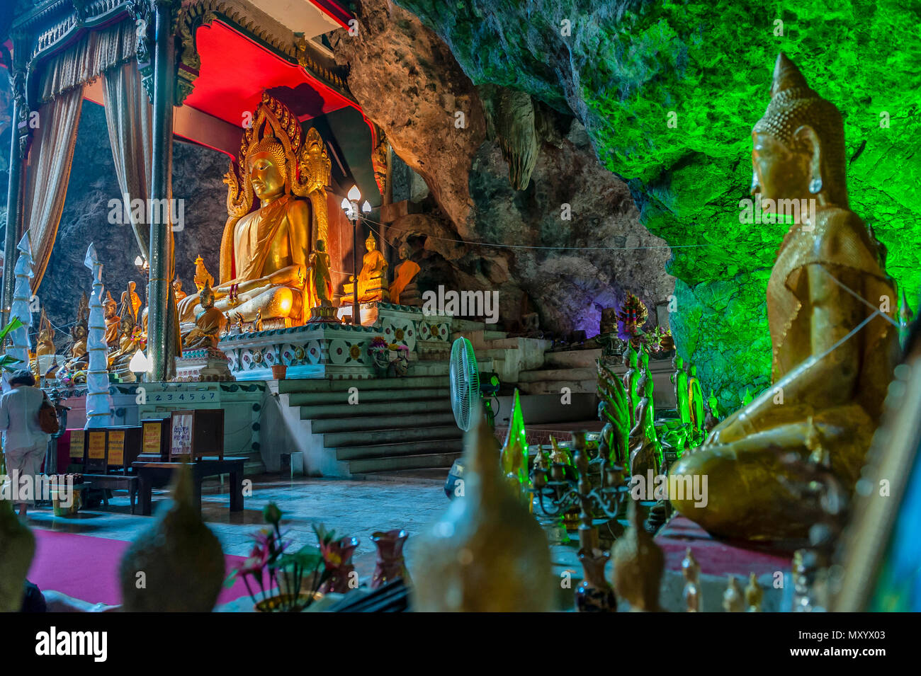 Wat Ban Tham Höhlentempel. Khao Noi, Tha Muang Viertel, 75060Kanchanaburi, Thailand Stockbild