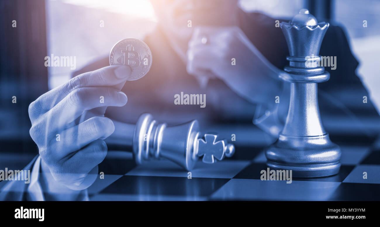 Moderne Art des Austausches. Bitcoin ist bequeme Zahlung in Wirtschaft Markt. Virtuelle digitale Währung und finanzielle Investitionen Handel Konzept. Abstrakte Schrei Stockbild
