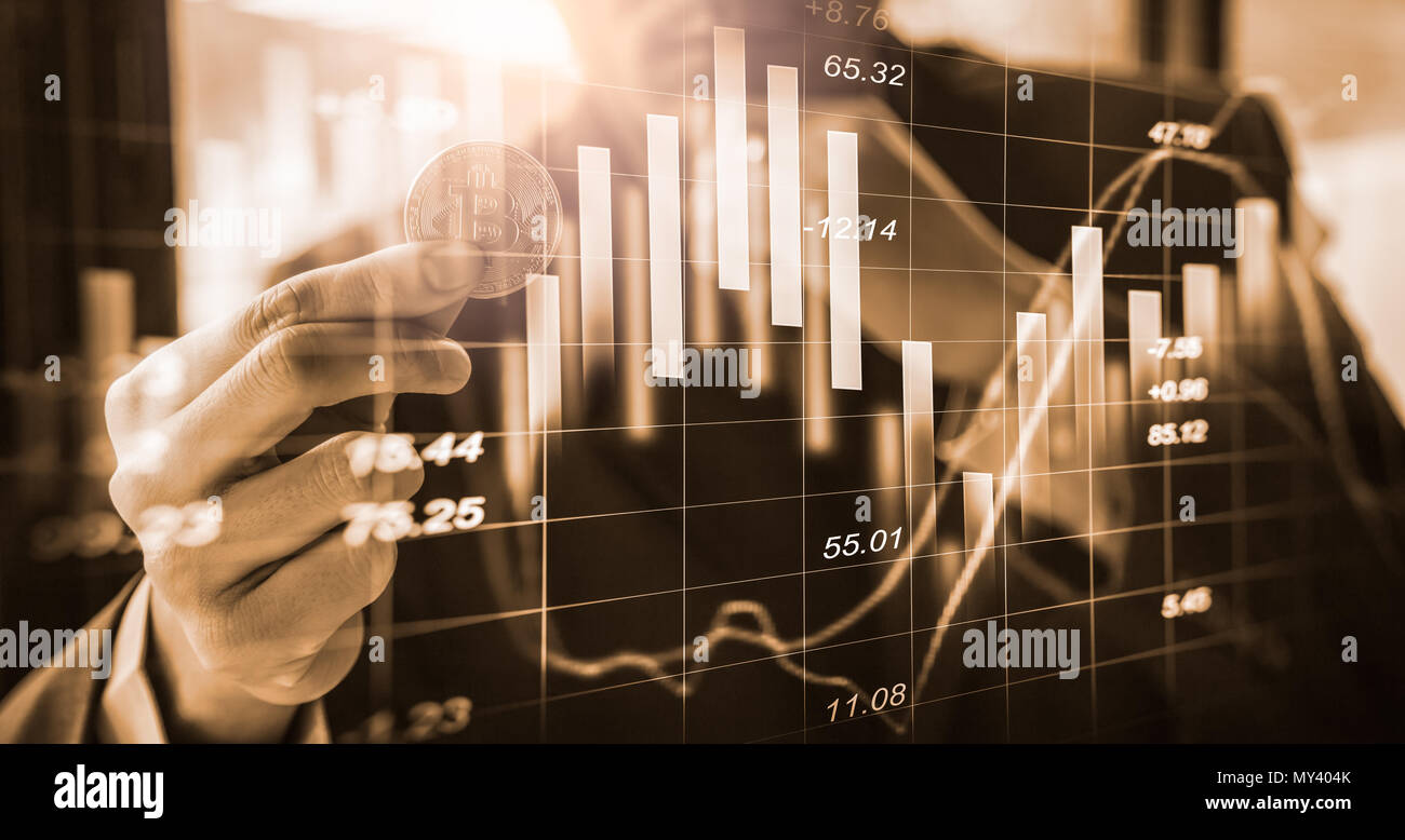 Moderne Art des Austausches. Bitcoin ist bequeme Zahlung in der globalen Wirtschaft. Virtuelle digitale Währung und finanzielle Investitionen Handel Konzept. Abstr Stockbild