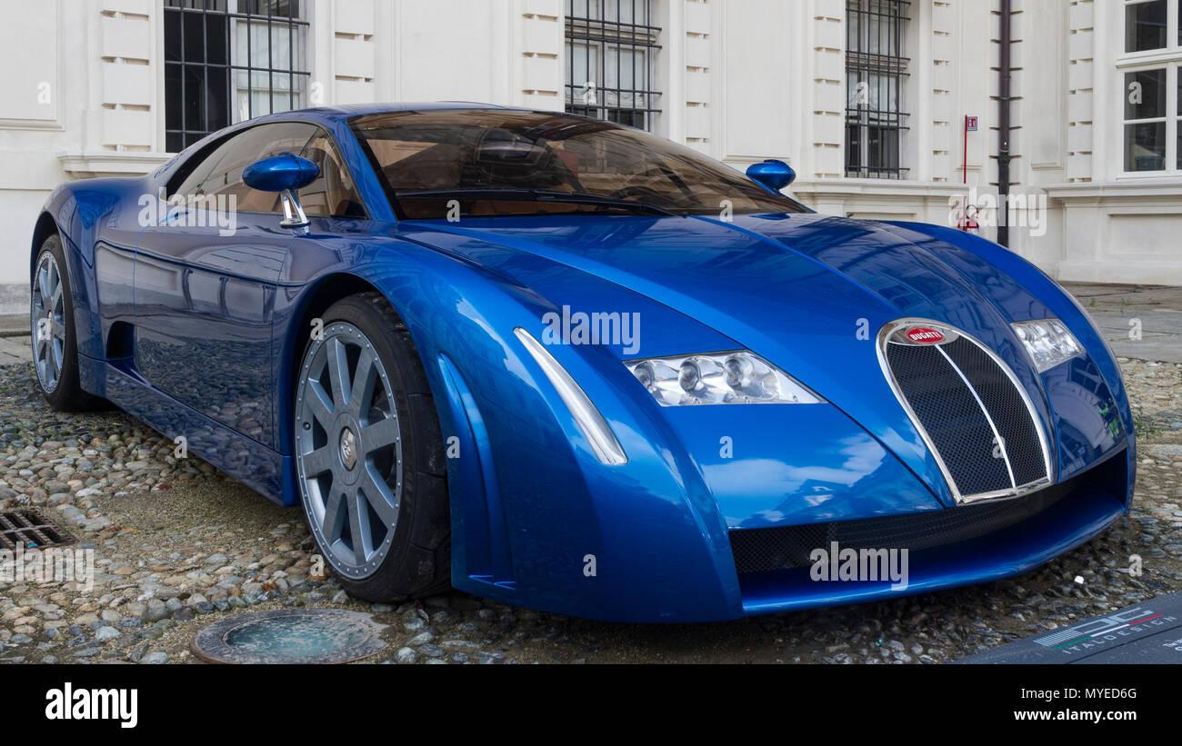 torino italien 7 juni 2018 concept car bugatti 18 03. Black Bedroom Furniture Sets. Home Design Ideas