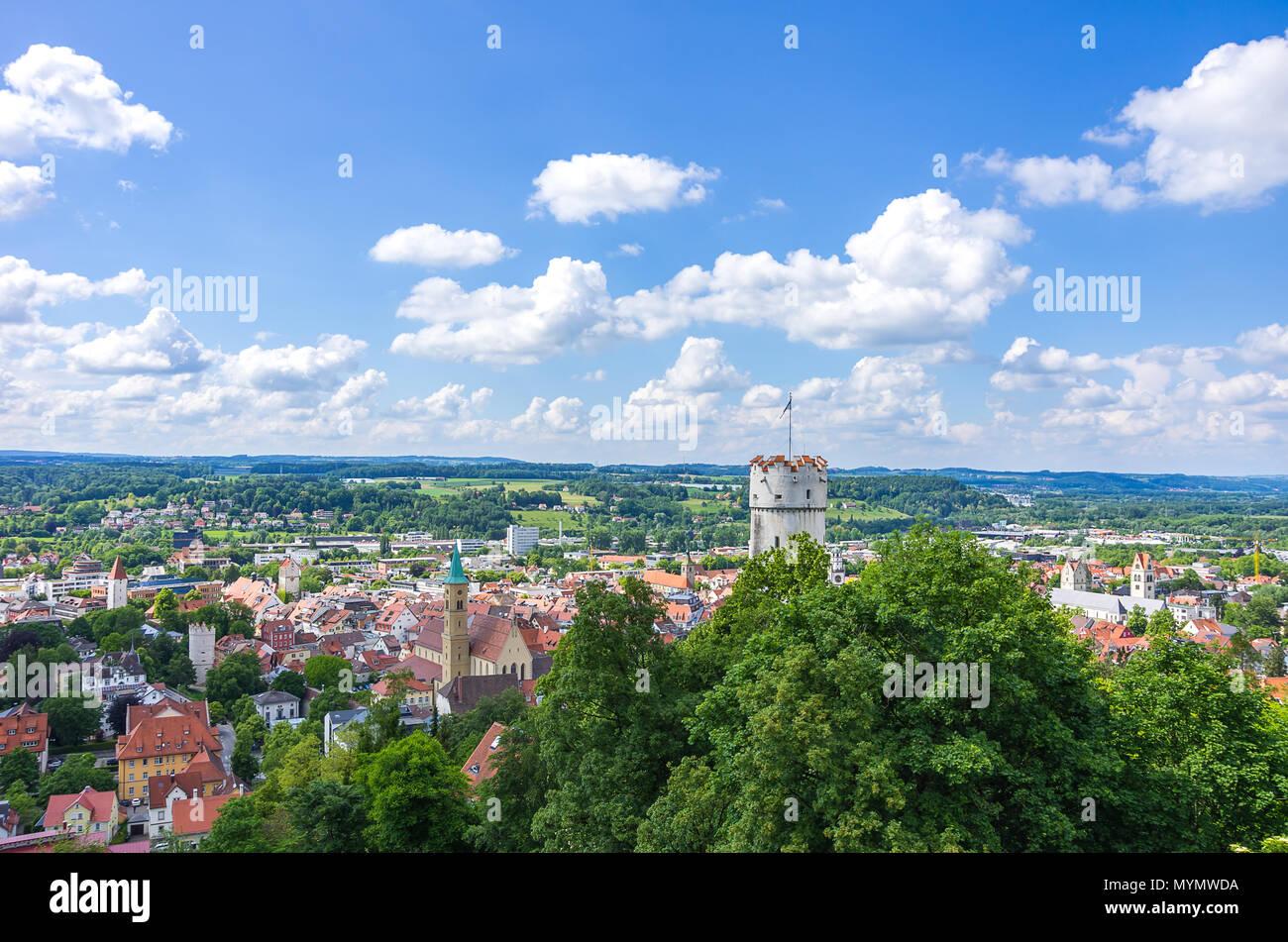 Ravensburg, Baden-Württemberg, Oberschwaben, Deutschland - Ansicht von Veitsburg Schloss über die Altstadt. Stockbild