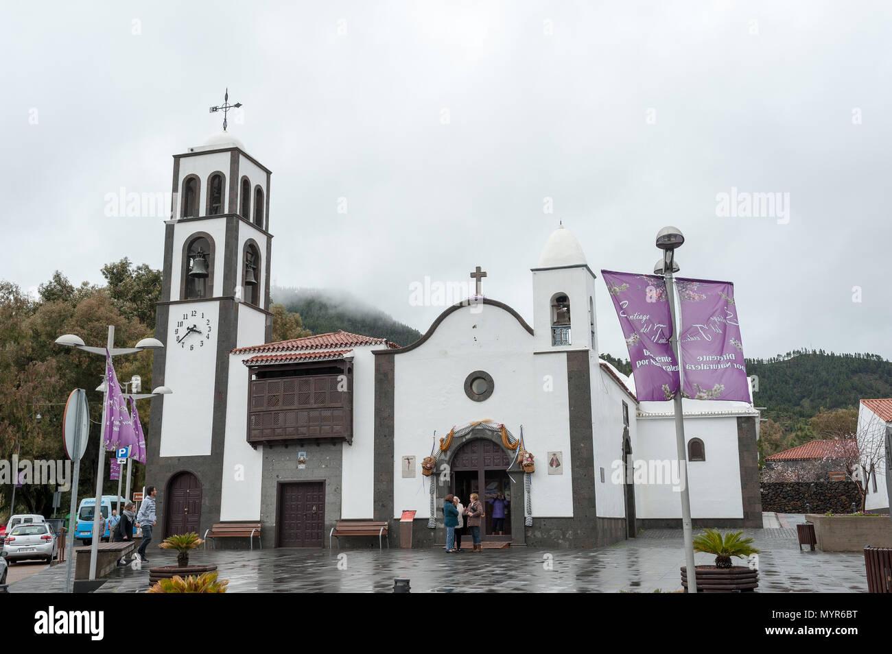 Kirche in Santiago del Teide, Provinz Santa Cruz De Tenerife, Teneriffa, Kanarische Inseln, Spanien Stockbild