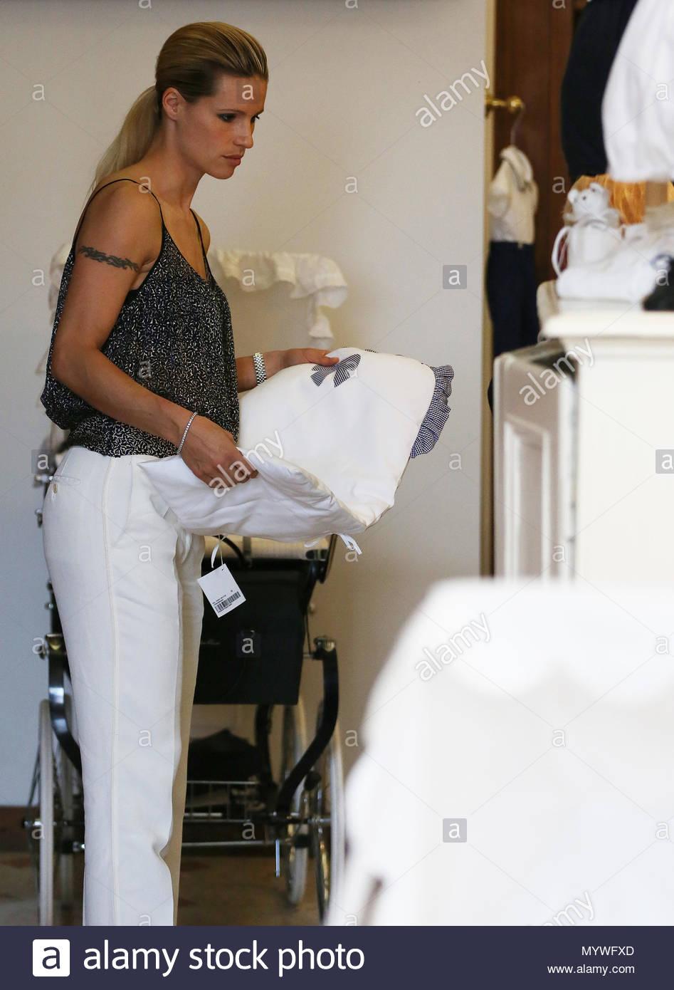 Michelle Hunziker und ihre Schwiegermutter Maria Luisa Trussardi ...