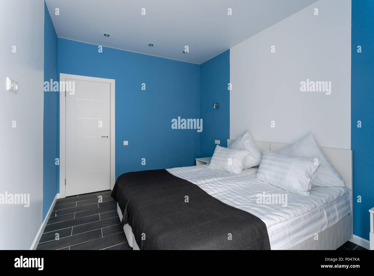 Tageslicht am Morgen. Hotel Standart Zimmer. moderne ...