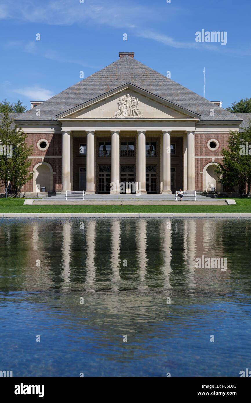 Saratoga Springs, New York: Reflecting Pool, der Halle der Federn, Saratoga Spa State Park. Stockbild
