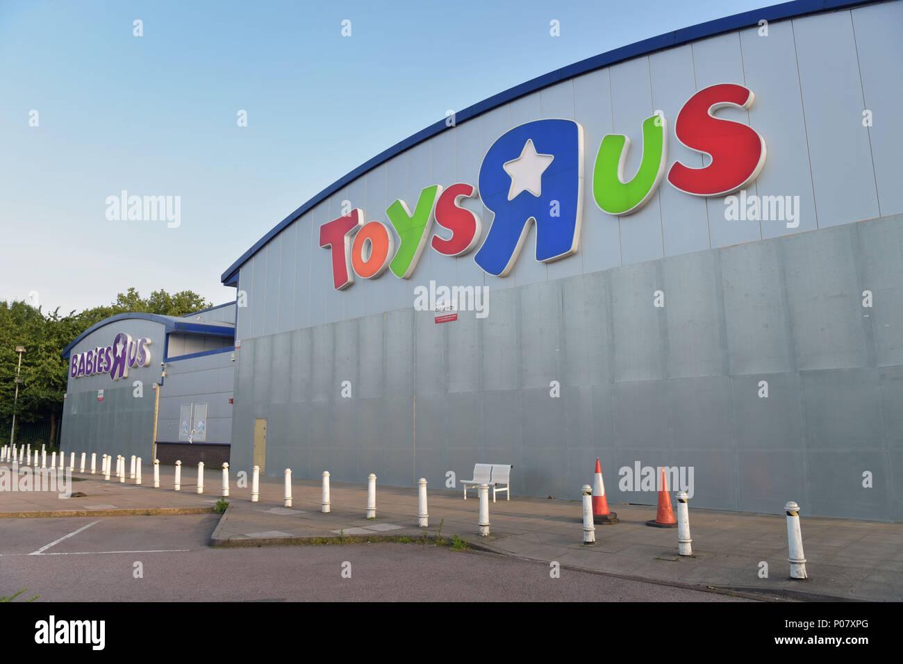 toys r us sandnes