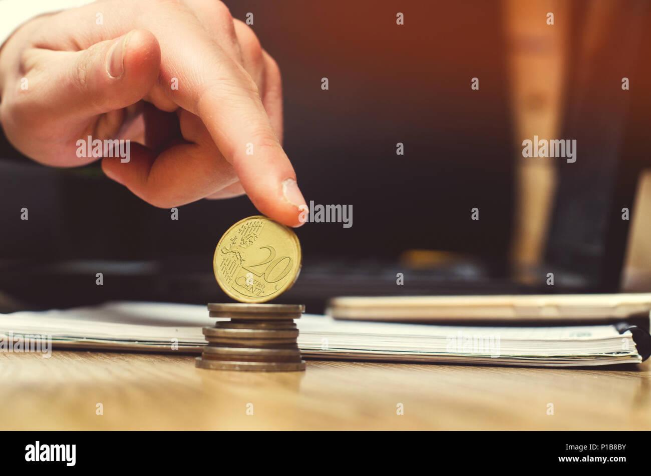 Geld Und Investment Konzept Sparen Euro Münze Stockfoto Bild