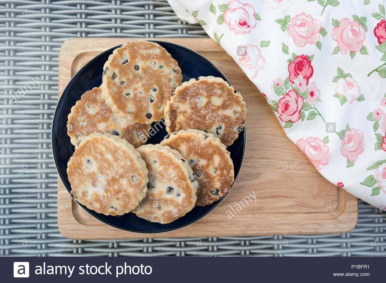 Walisischen Kuchen - auch als bakestones oder Grillpfanne Steine bekannt Stockfoto