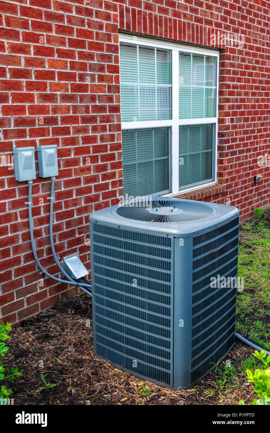 Kommerzielle klimaanlage stockfotos kommerzielle for Klimaanlage wohnung montage