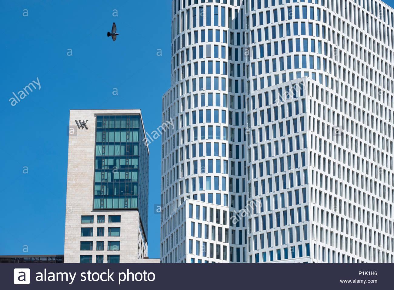 Außenansicht des neuen Waldorf Astoria Hotel und neue Upper West Office Tower in Berlin, Deutschland Stockbild