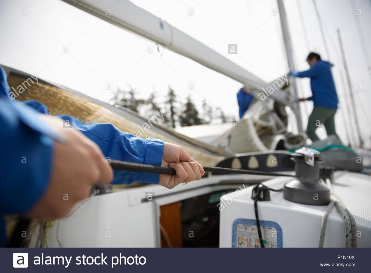 Sailing Team Vorbereitung segeln Segelboot Stockbild