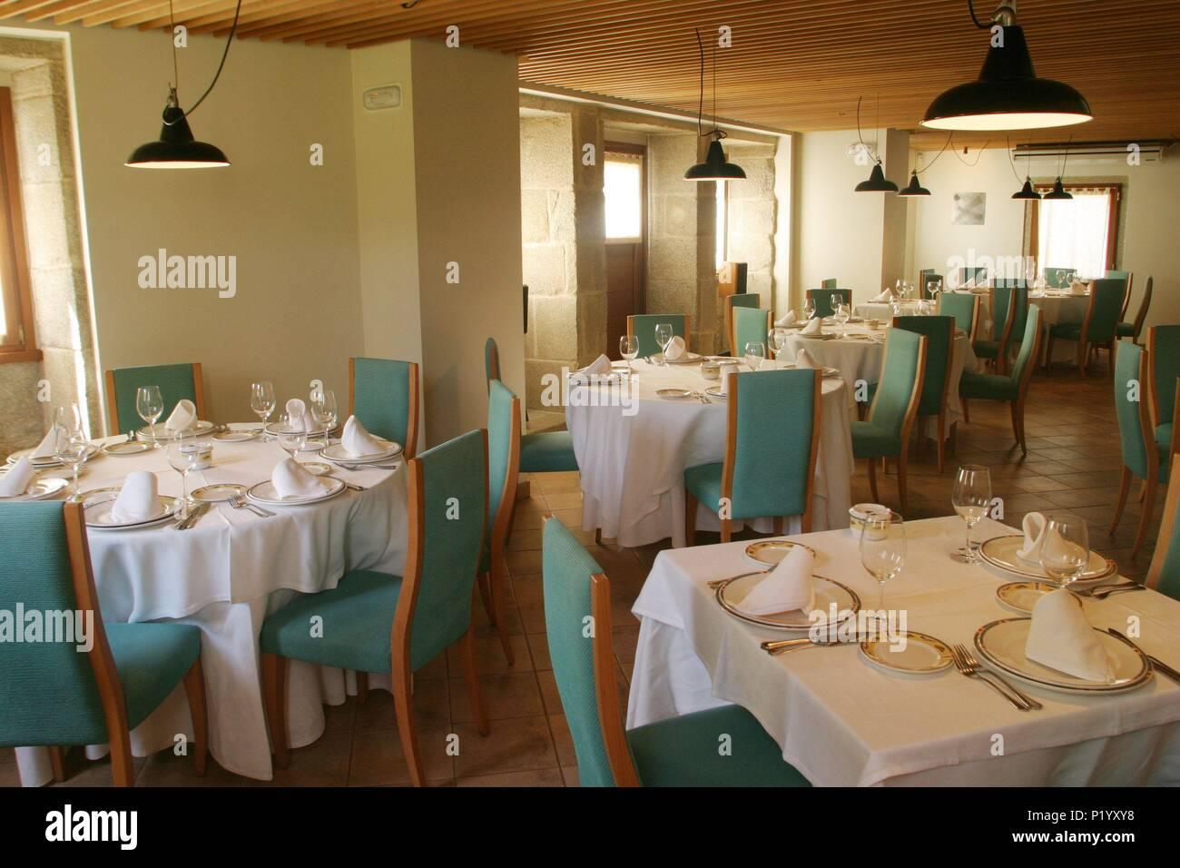 Serantes (Quebrada El Ferrol); restaurante Medulio\'; Comedor ...