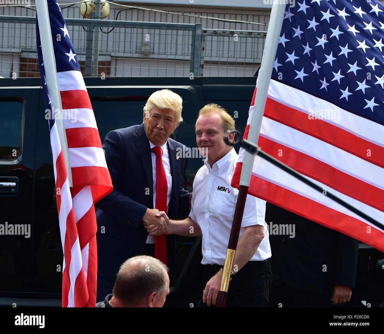Dr J Palmer und jemand, der Amerikanischen Speedfest VI, Brands Hatch, Juni 2018, Automobile, Autosport, Autos, Rundstrecke, England, Unterhaltung, Europea Stockbild