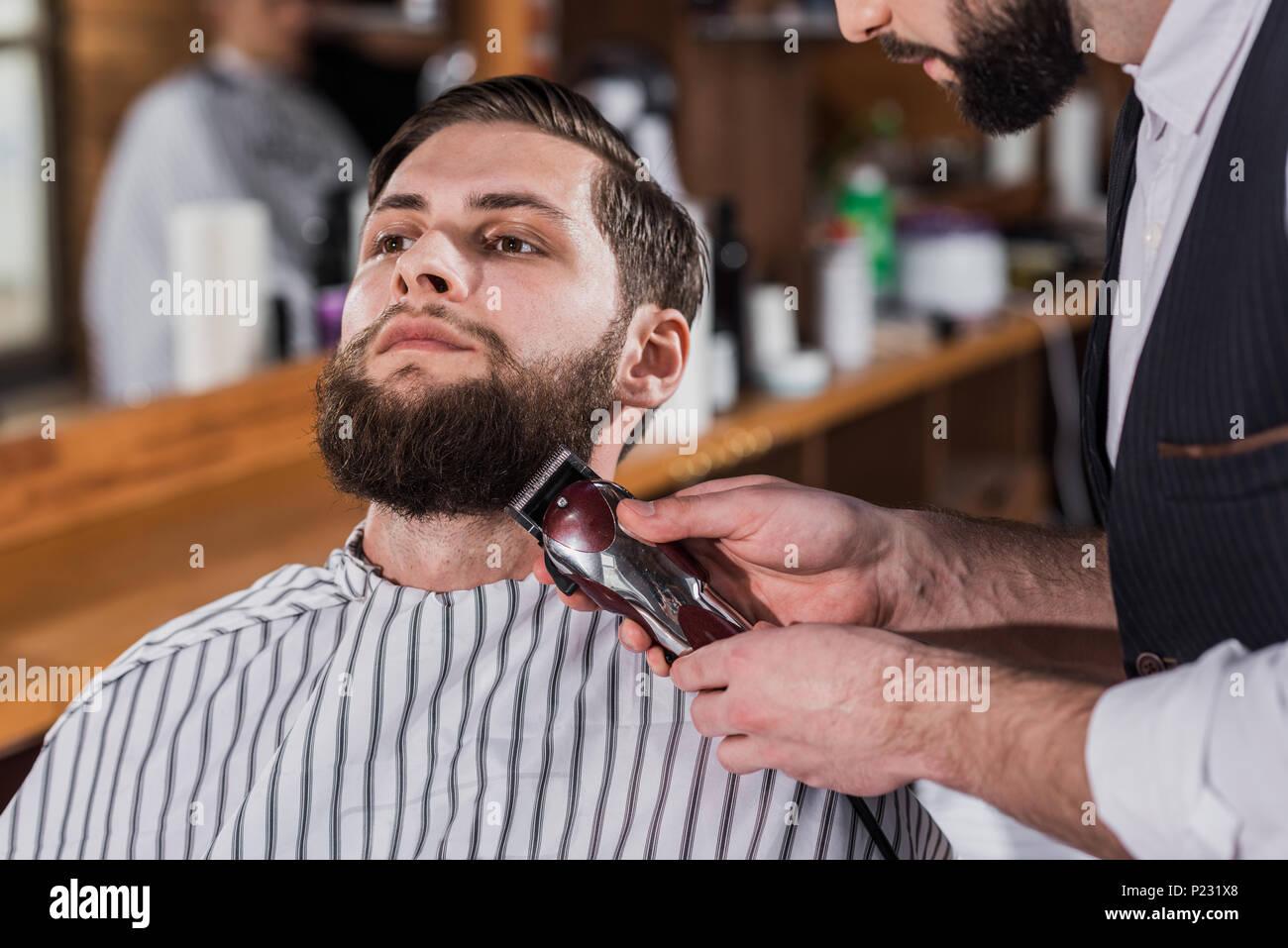 Haare Selber Schneiden Mann Maschine