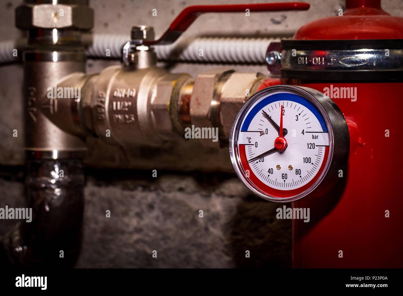 Nett Wasserdruck Der Zentralheizung Bilder - Die Besten Elektrischen ...