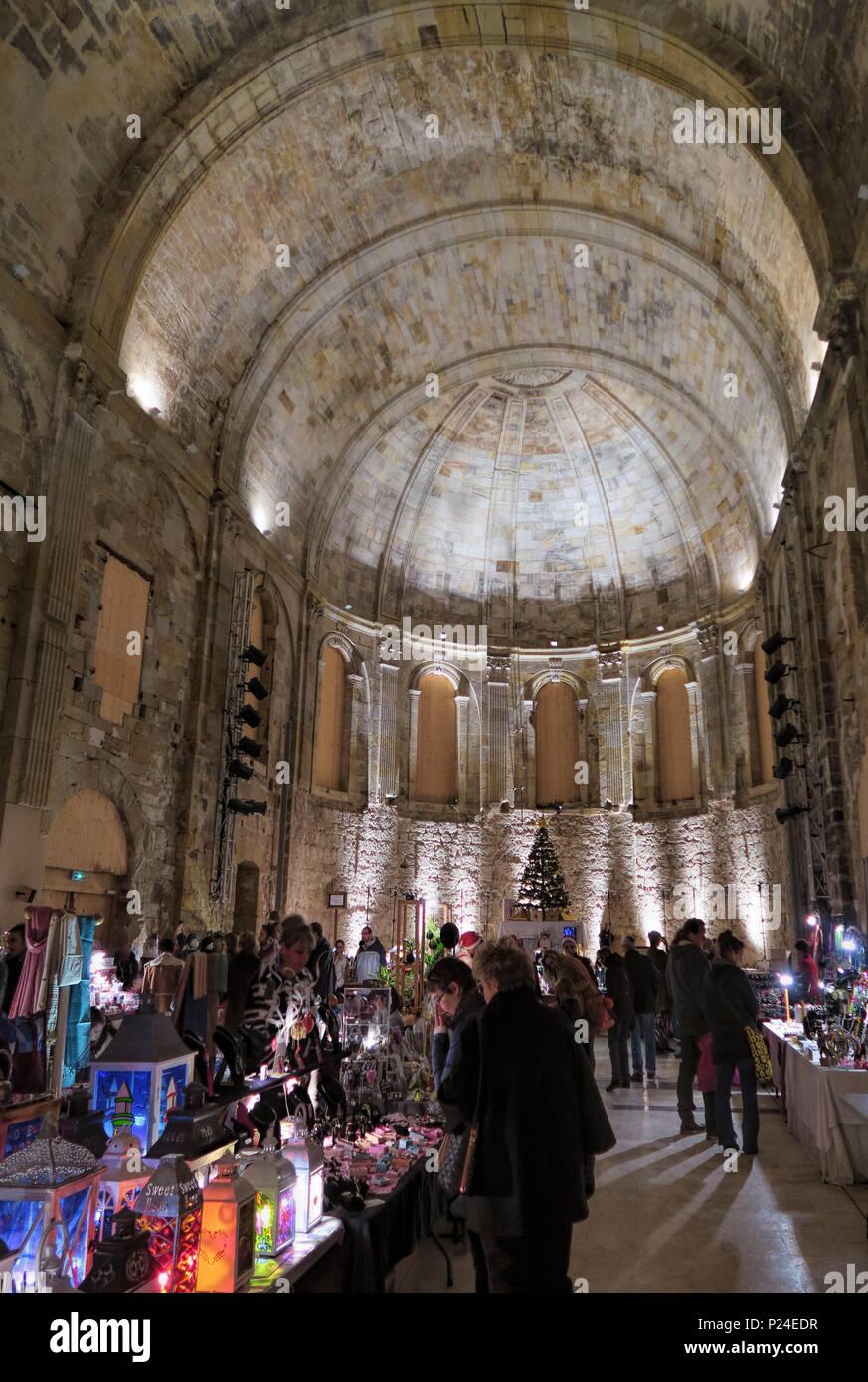 Weihnachtsmarkt Englisch.Traditionell Englisch Weihnachtsmarkt In Historischer Umgebung Im