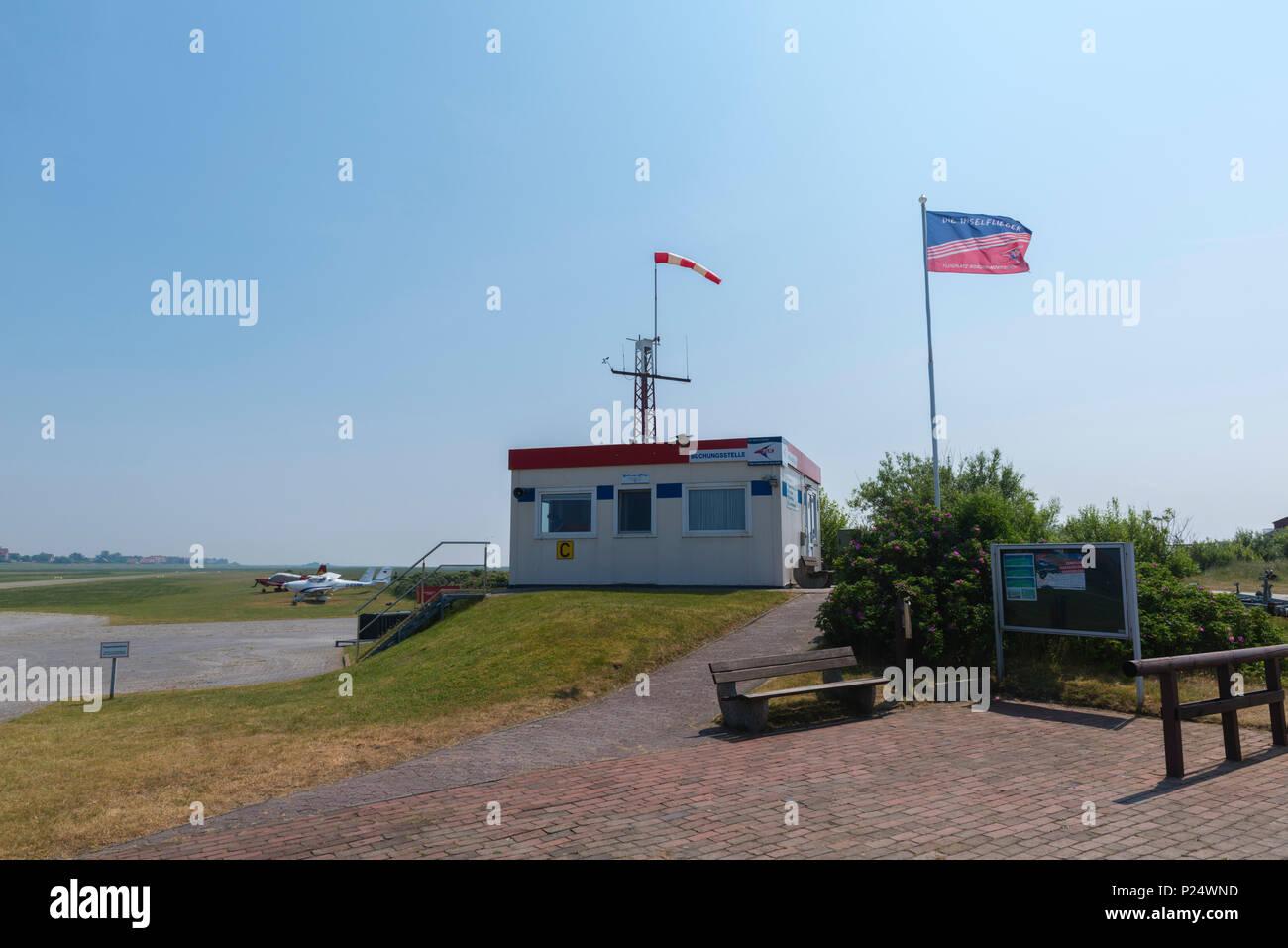 Der kleine Inselflughafen, Baltrum, Ostfriesland, Niedersachsen, Deutschland Stockbild