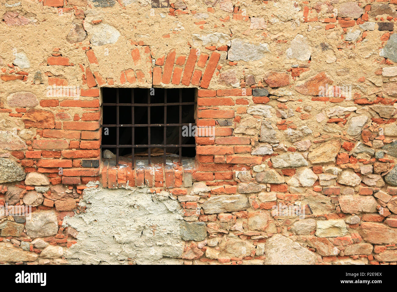 Rusty Window Stockfotos & Rusty Window Bilder - Alamy