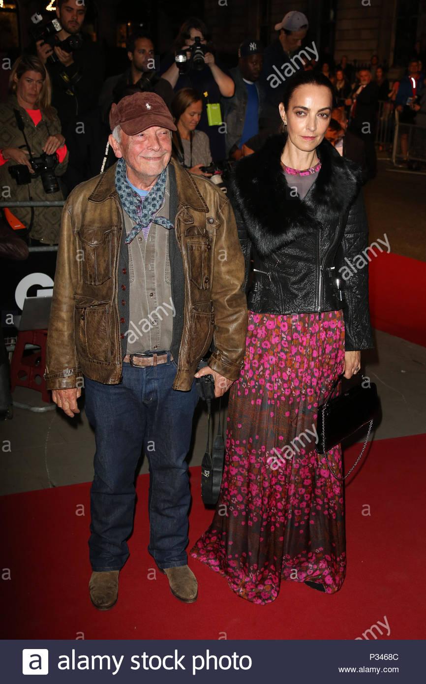 David Bailey und Catherine Bailey. Prominente nehmen an der GQ Männer des Jahres Auszeichnungen am Royal Opera House in London. Stockbild