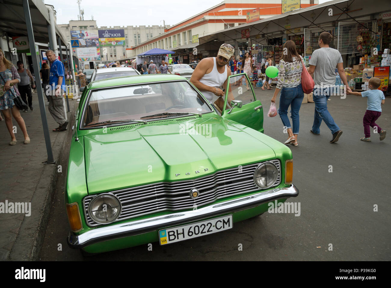Odessa, Ukraine, ein Mann in seinem Auto Stockbild