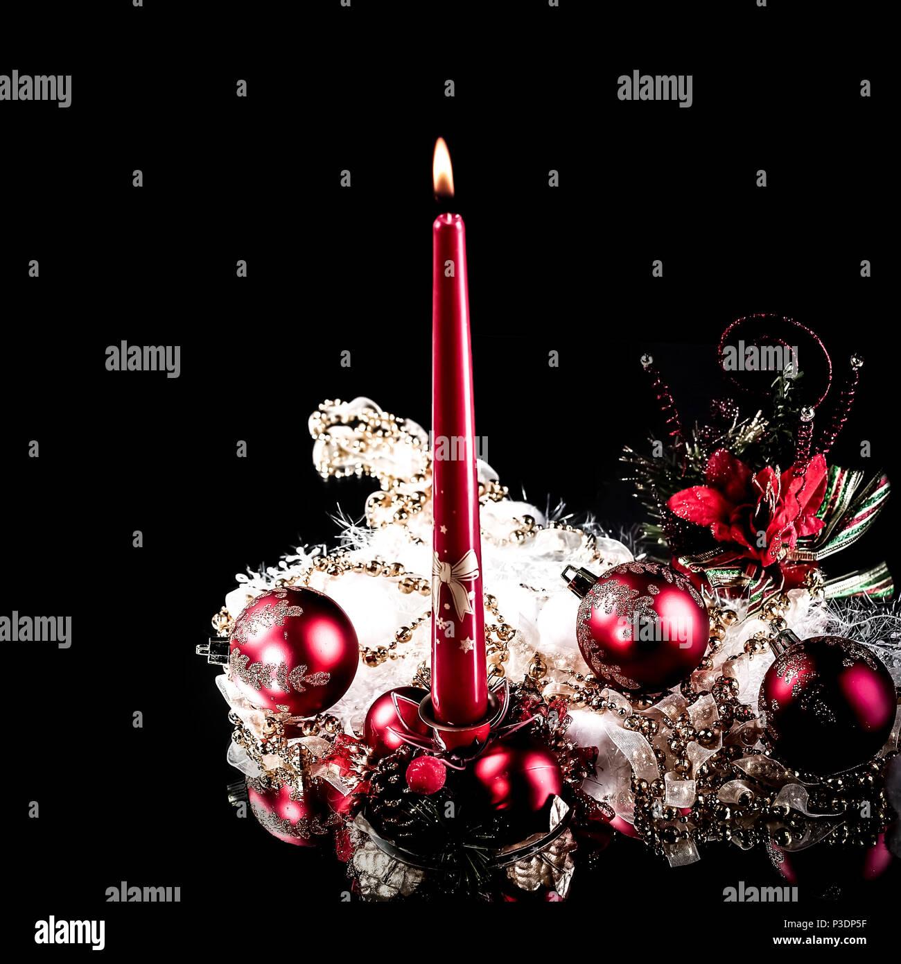 sch ne weihnachten zusammensetzung auf schwarzem hintergrund stockfoto bild 208671163 alamy. Black Bedroom Furniture Sets. Home Design Ideas