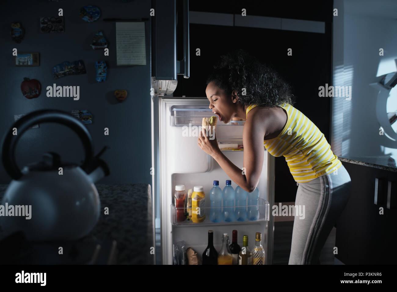 Amerikanischer Kühlschrank Bunt : Amerikanischer kühlschrank stockfotos amerikanischer kühlschrank