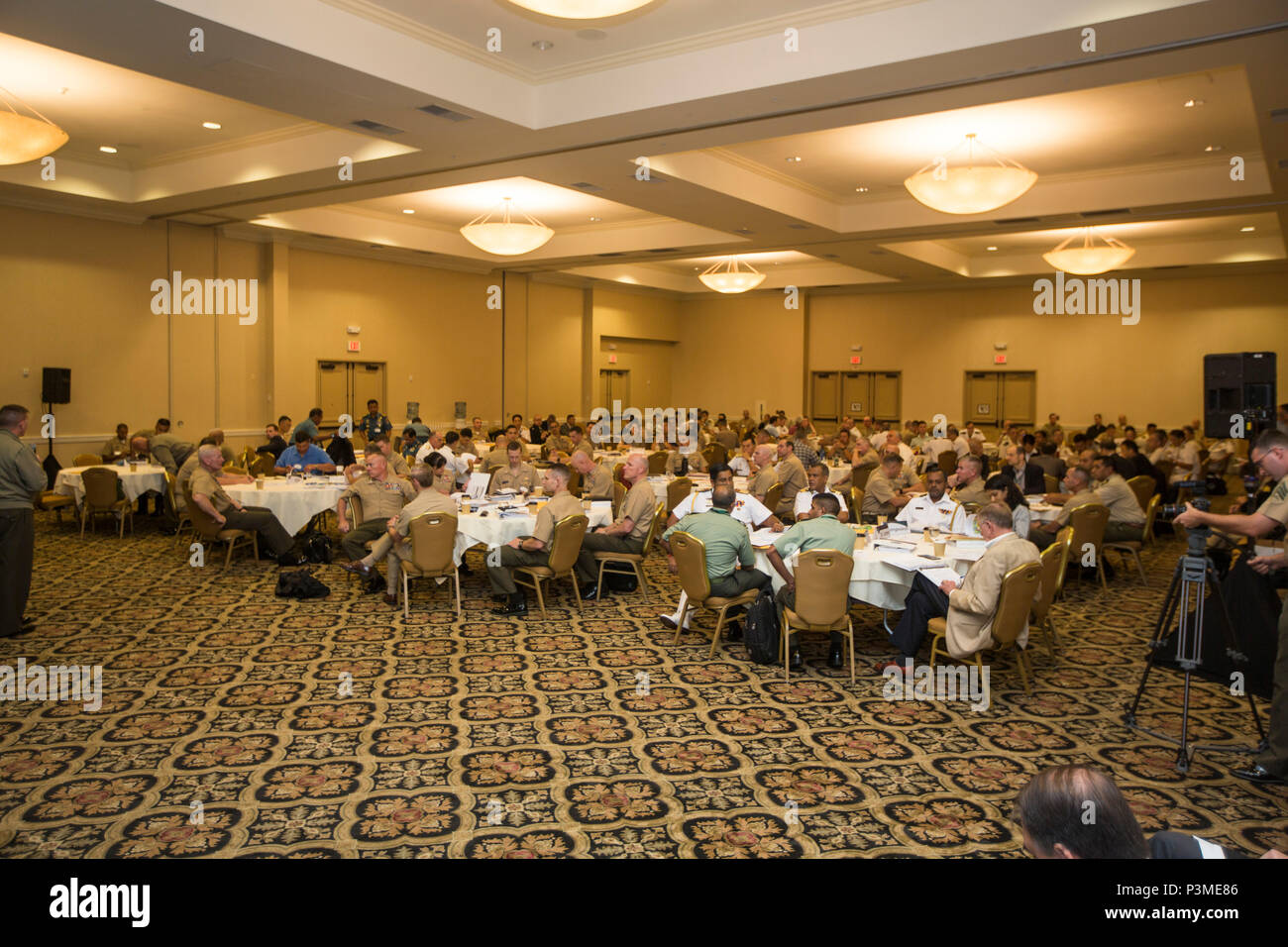 Table Top Photo Stockfotos & Table Top Photo Bilder - Seite 17 - Alamy