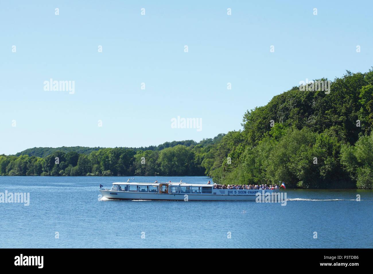 Ausflugsschiff, 5 Seen Tour, Dieksee, Bad Malente-Gremsmühlen, Malente, Schleswig-Holstein, Deutschland, Europa ich Ausflugsschiff, 5 Seen-Rundfahrt, SterbenStockfoto