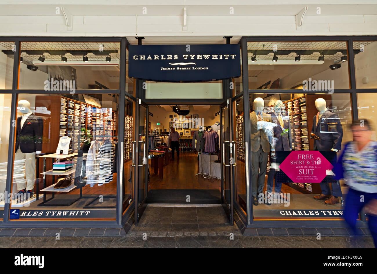 Shop Fassade des Charles Tyrwhitt store Designer Cheshire
