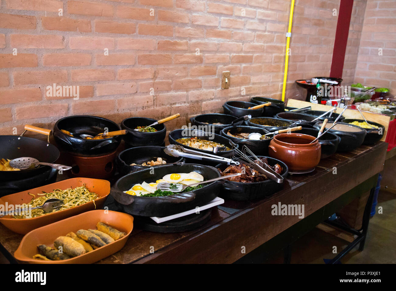 Comida caseira em Restaurante na Cidade de Cunha. Stockfoto