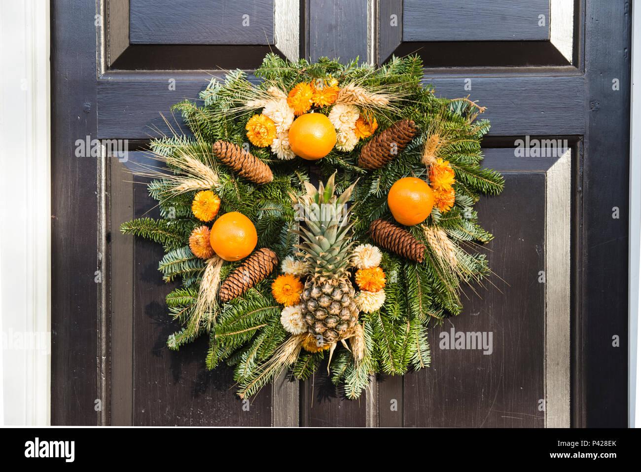 cones display stockfotos cones display bilder seite 2. Black Bedroom Furniture Sets. Home Design Ideas