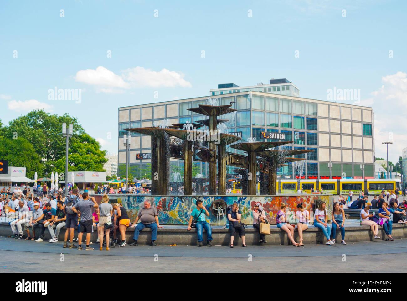 Brunnen der Völkerfreundschaft, Alexanderplatz, Berlin, Deutschland Stockbild