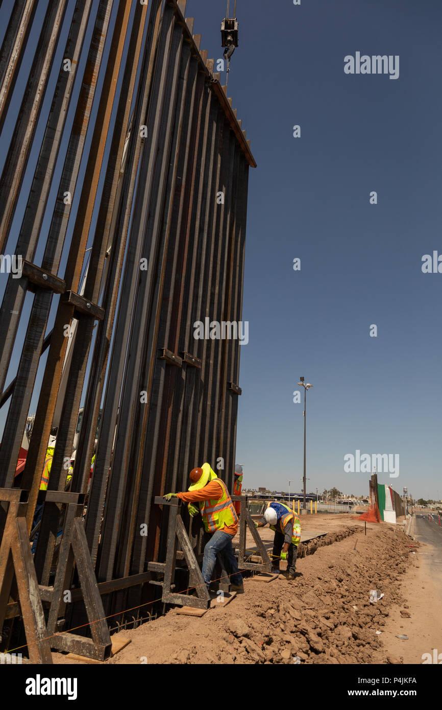 Eine Neue Grossere Zaun Errichtet Wird Entlang Der Us Mexikanischen