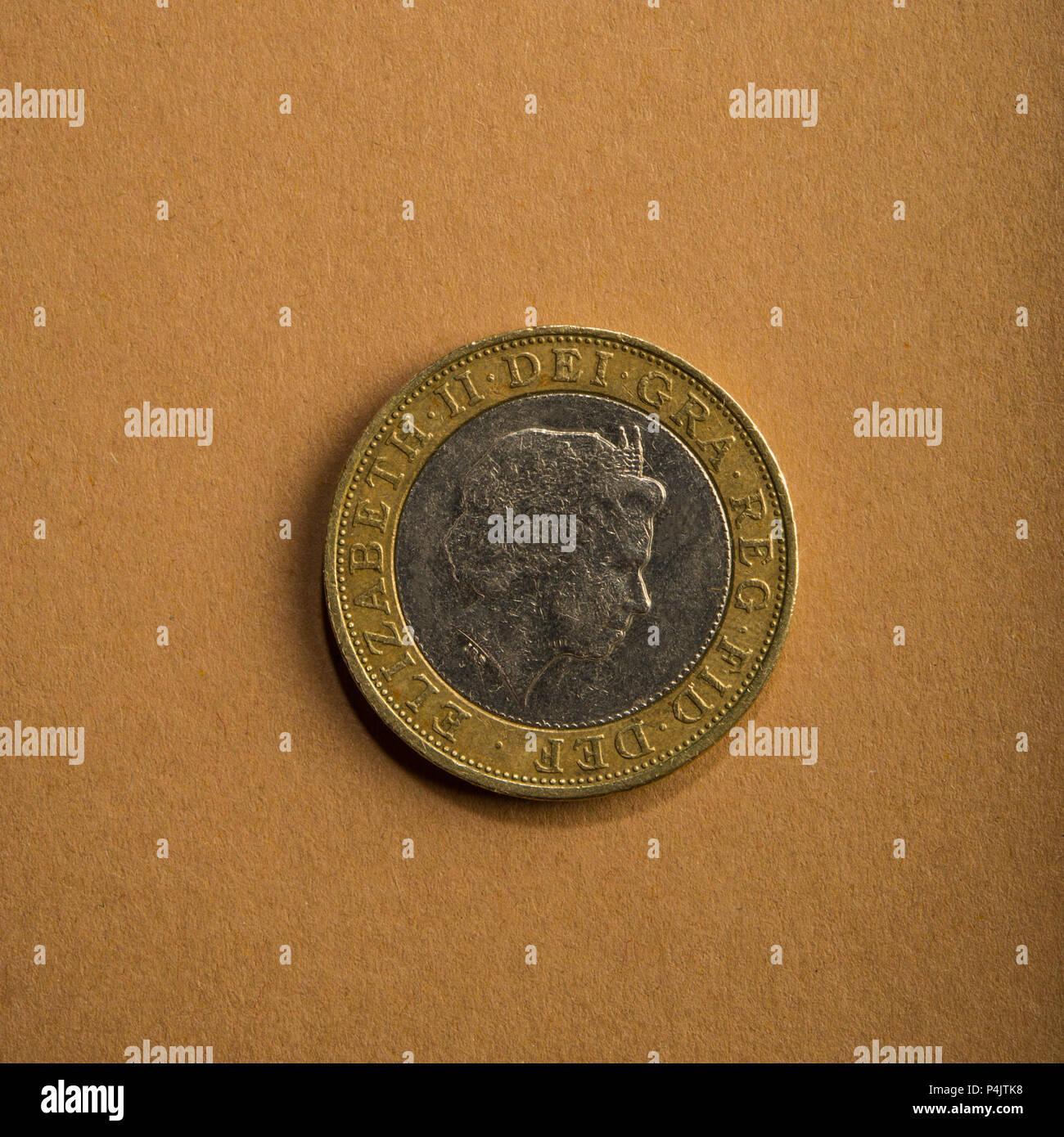 Münze Von Zwei Pfund Auf Braunem Grund Art Der Münzen Von England