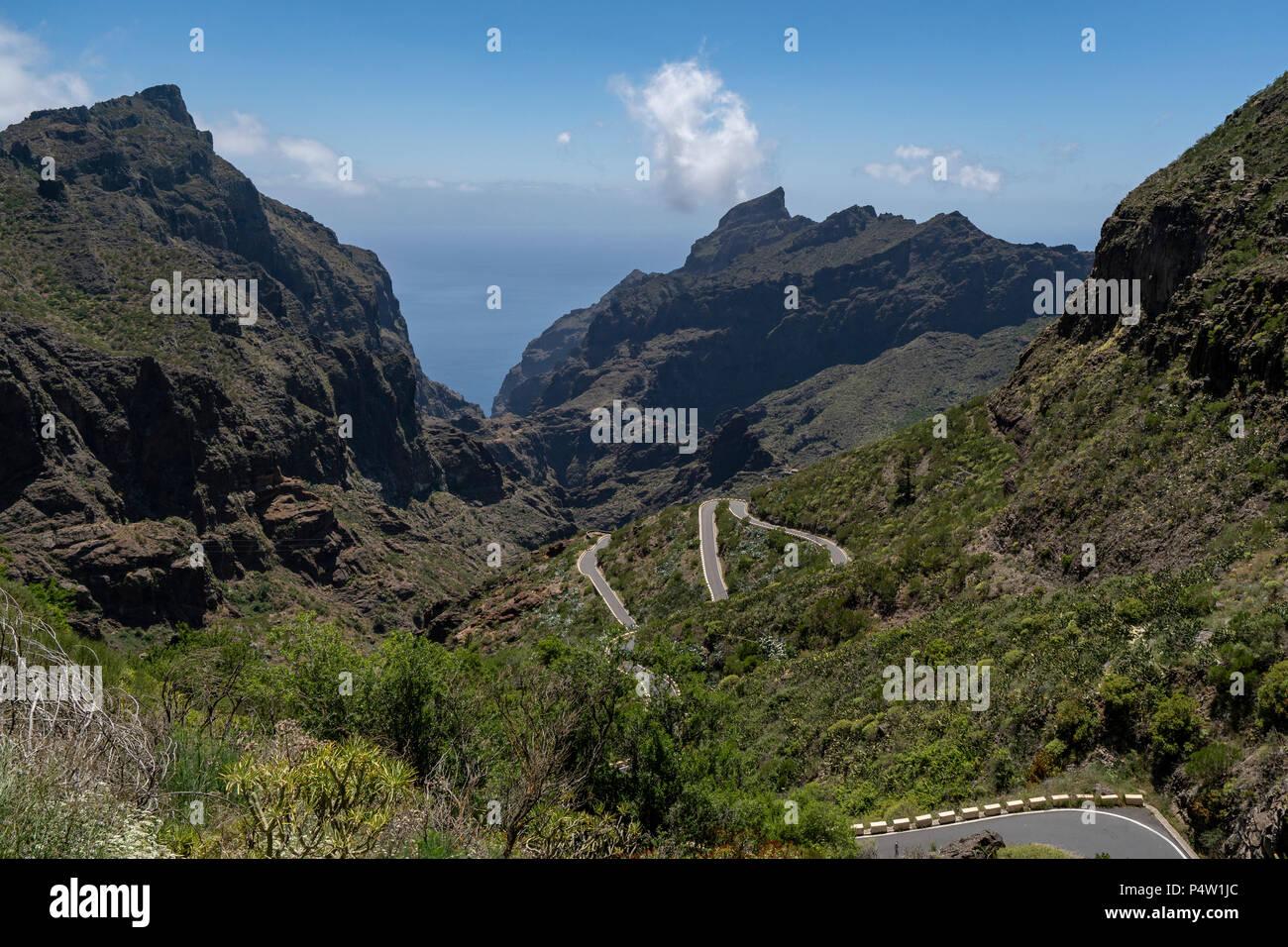 Teno Gebirge, Teneriffa. TF-436, einer der schönsten Straße der Welt im westlichen Teil von Teneriffa, Santiago del Teide, Masca link Stockbild