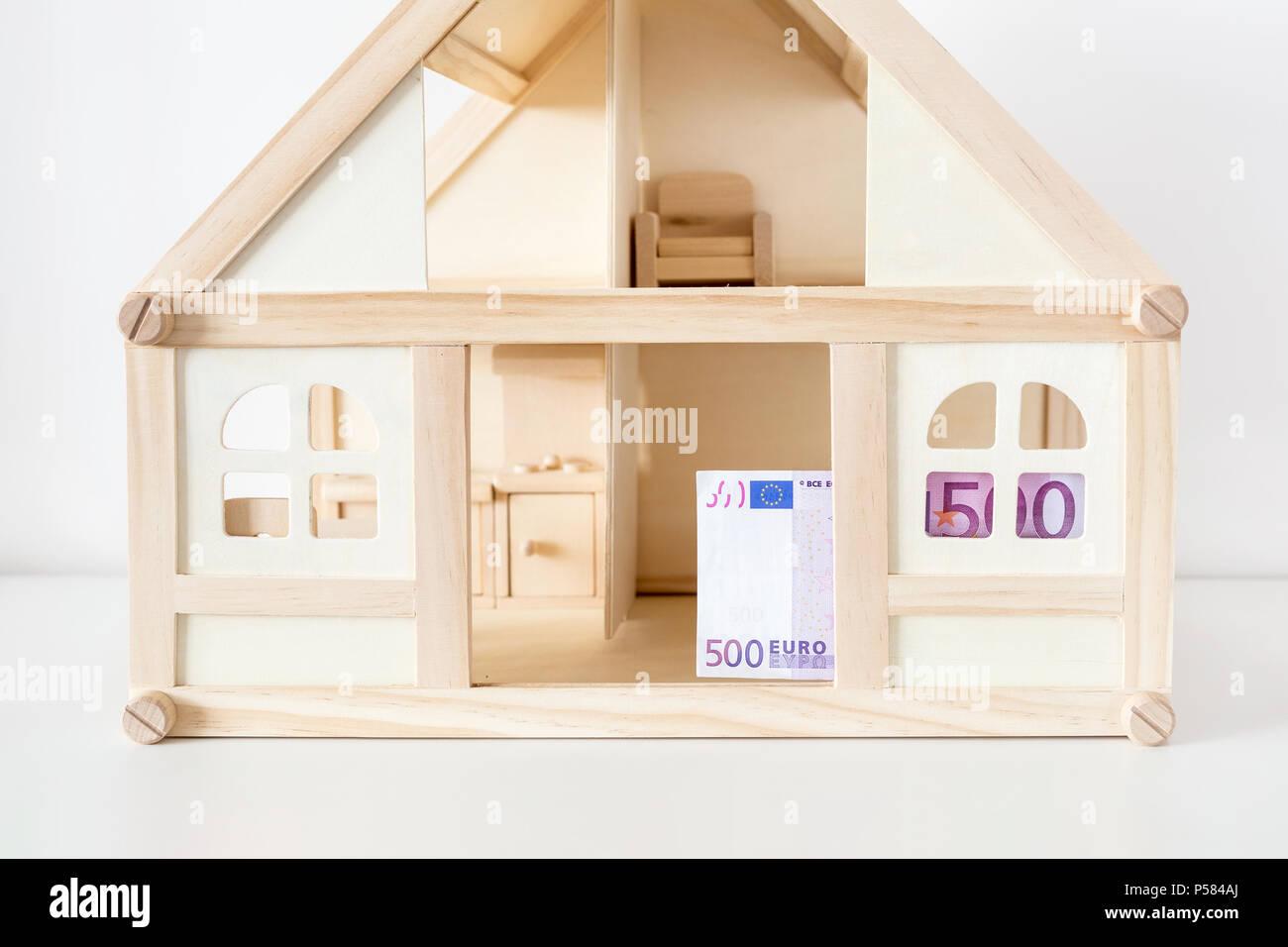 Holzhaus Modell Mit 500 Euro Rechnung Haus Vermietung Und Verkauf